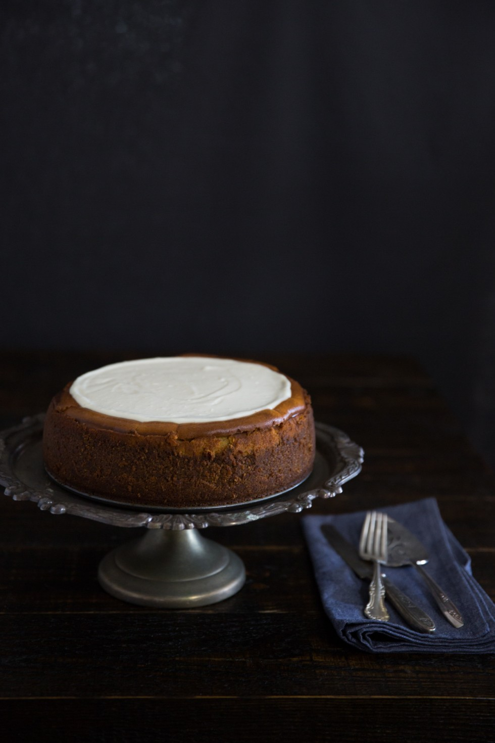 Pumpkin Cheesecake with Marshmallow-Sour Cream Topping with Gingersnap ...